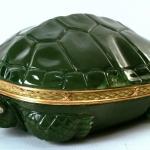 """Шкатулка """"Черепаха"""" 1898-1903. Предоставлено: Всероссийский музей декоративного искусства."""