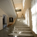 Астраханская картинная галерея. Парадная лестница. Фото И. Левонюк. Предоставлено: Астраханская картинная галерея имени П.М. Догадина.
