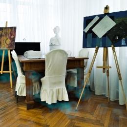 """Выставка «Мирсконца-2020"""" в Доме-музее В. Хлебникова. Предоставлено: Астраханская картинная галерея имени П.М. Догадина."""