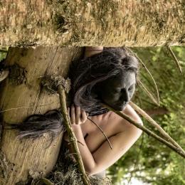 """Лиза Эшва """"Земля"""" 2020 ©Лиза Эшва. Предоставлено: ТК """"Галерея"""" - Печатники."""