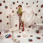 "Сэнди Скогланд ""Аксессуары"" © 1979 Sandy Skoglund / Courtesy: Paci contemporary gallery (Brescia – Porto Cervo, IT). Предоставлено: Мультимедиа Арт Музей, Москва."
