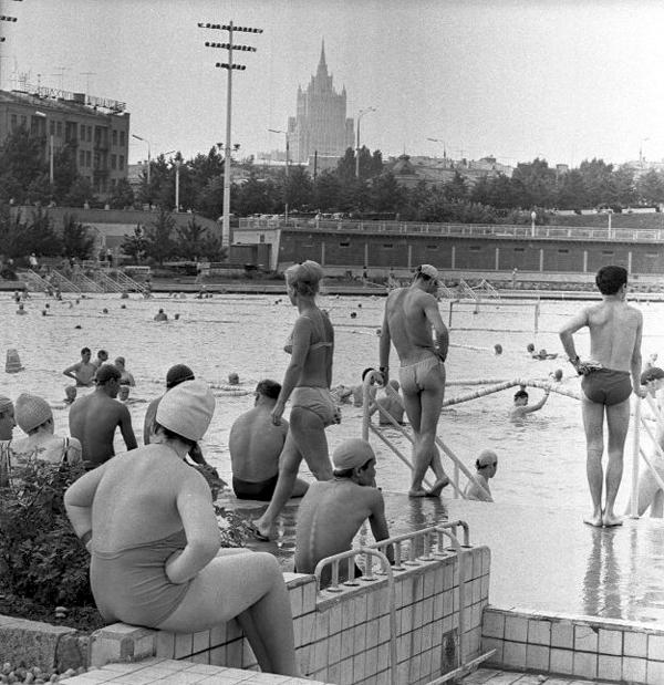 "Николай Рахманов ""Бассейн ""Москва"" 1960-е"