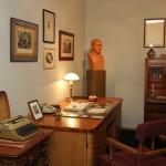 Личные вещи и печатная машинка А.З. Крейна