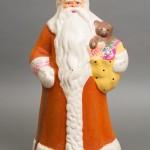 Коллекция раритетных новогодних игрушек, открыток, гирлянд и плакатов.