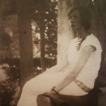 """Фотография М.М.Постниковой-Лосевой (1901-1985), 1920-е - одной из моделей к скульптуре """"Березка"""""""