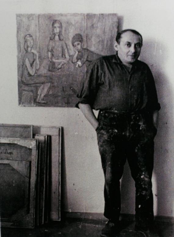 Илья Табенкин в мастерской на улице Вавилова. Фотография 1960-х. Из архива Л.Табенкина.