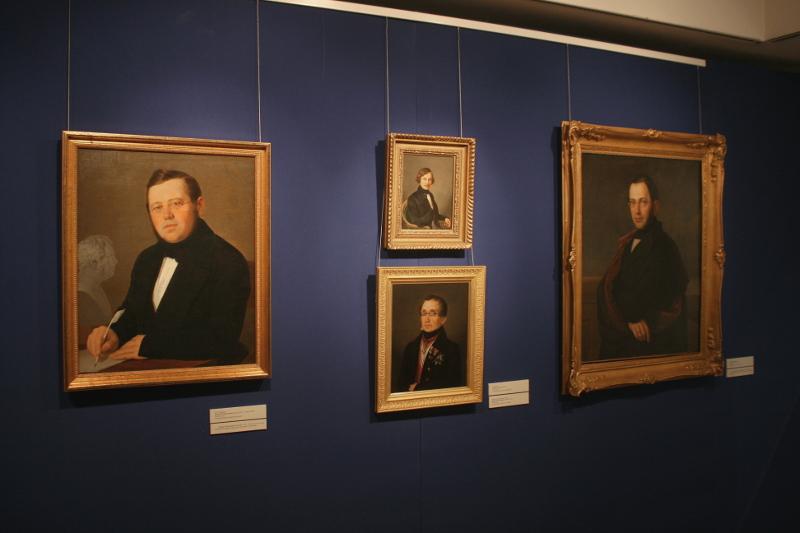 Экспозиция выставки - 19 век