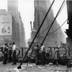 """Рут Оркин """"День победы в Европе, Таймс-сквер, Нью-Йорк"""" 1945"""