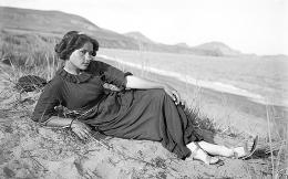 Юлия Оболенская. Коктебель. 1913. Фотография.