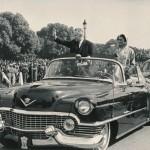 Индира Ганди и А.Н. Косыгин приветствуют участников парада в Дели, 1968