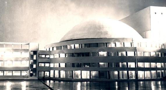 Лекция Алексея Воробьева «Синтетический театр массового действа: от оперы к городу».