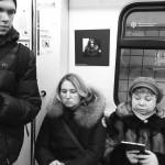 Фотодокументация бессрочного перформанса автора в московском метро.