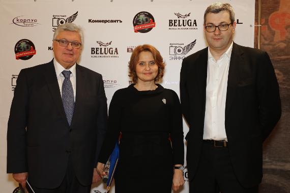 Анатолий Торкунов (МГИМО), Ирина Великанова (ГЦМСИР) и коллекционер Владимир Руга