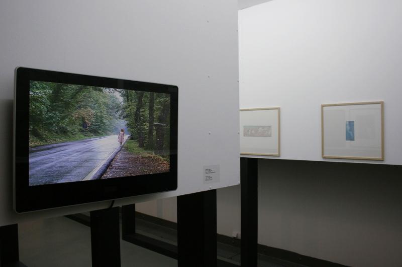 """Даниэла Перего """"Я тебя не вижу"""" 2006 (слева) Видео"""