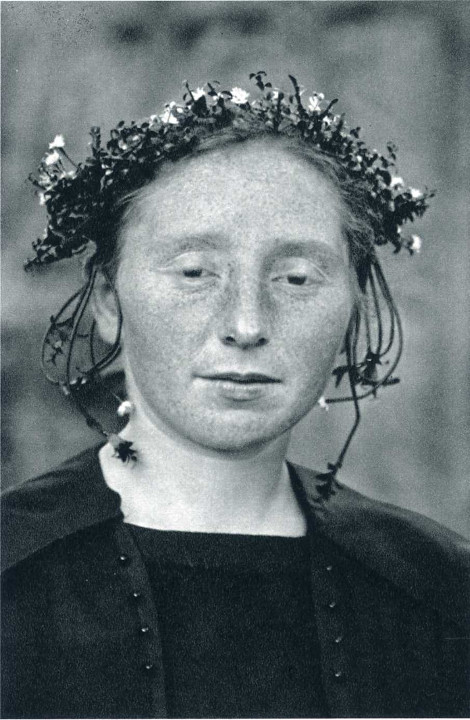 Август Зандер «Сельская невеста» 1920-1925