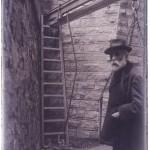 Антонио Гауди на стройке Саграда Фамилия. Автор неизвестен, 1916