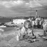 """Евгений Халдей """"Обед в детском саду на берегу моря. Севастополь"""" 1944"""