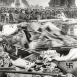 "Евгений Халдей ""Солдаты бросают гитлеровские штандарты. Парад Победы. Москва"" 24 июня 1945"