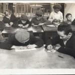 В зале интересных заниятий, Конец 1930-х