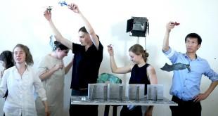 Театр начинается с палки. Выставка студентов мастерской Дмитрия Крымова.