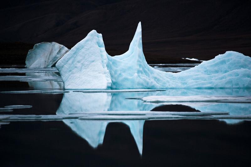 """Себастьян Коупленд """"Айсберг XI, остров Элсмир, Канадская Арктика"""" 2008"""
