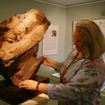 Елена Бутрова рассказывает об удивительных качествах кебрачо как материала для скульптуры