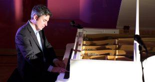 Кристиано Тиоццо. Музыкально-художественное представление «Живи сейчас».
