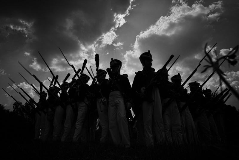 Каре русской пехоты выстраивается для защиты от кавалерии