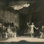 "Карола Неер в спектакле ""Кукули"" 1927"