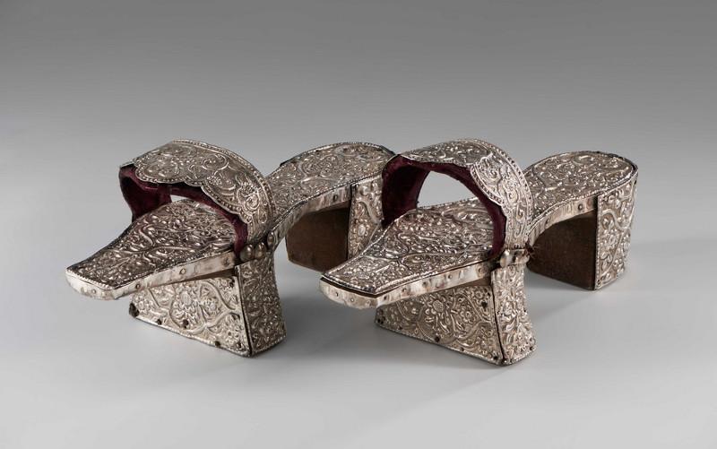 Туфли женские для хаммама. Турция (?). XIX в.