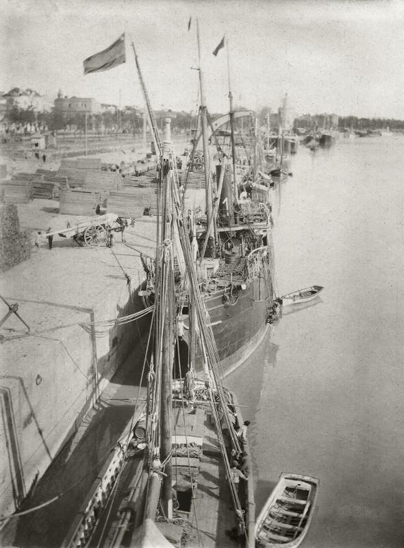 """Борис Кустодиев """"Гвадалквивир. Севилья"""" 1904"""