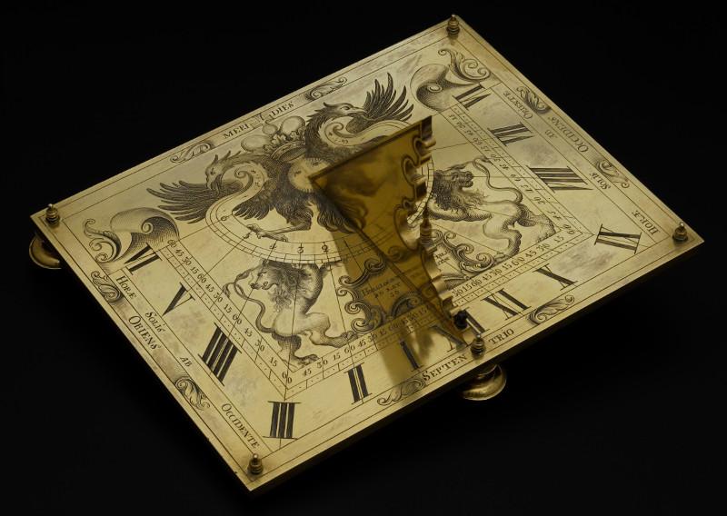 Солнечные часы. До 1700