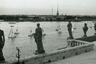 Фотокарточки. Коллекционные почтовые карточки с видами Санкт-Петербурга.