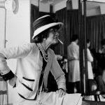 """Дуглас Киркланд """"Коко Шанель в своем ателье. Улица Камбон, 31"""" Париж, 1962"""