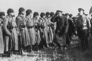 Россия. ХХ век в фотографиях. 1918–1940.