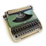 Печатная машинка Kolibri GROMA. Личный архив Л.С. Петрушевской