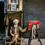 """Стив МакКарри """"Фотограф-портретист. Кабул, Афганистан"""" 1992"""