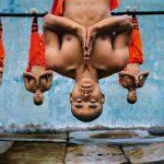 """Стив МакКарри """"Тренировка шаолиньских монахов. Чжэнчжоу, Китай"""" 2004"""