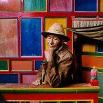 """Стив МакКарри """"Паломник в монастыре Дранго. Кхам, Тибет"""" 1999"""