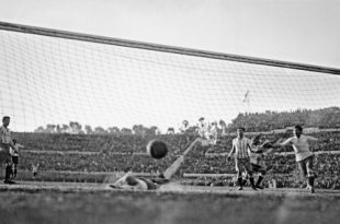 Первый Чемпионат мира по футболу. 1930 год.