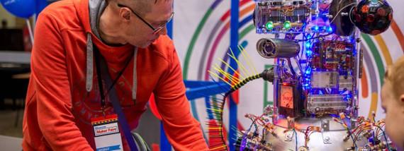 Третий фестиваль цифрового искусства и творчества Maker Faire Moscow 2018.