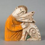 Деревянная игрушка, скульптурные композиции и расписные панно.