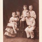 """Ателье """"А. Браун и Кº"""" """"Императрица Мария Федоровна с детьми"""" Париж, 1881"""