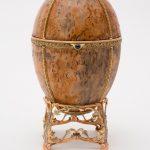 Пасхальное императорское яйцо с подставкой и заводным ключом в оригинальном футляре с Императорским Гербом. 1917