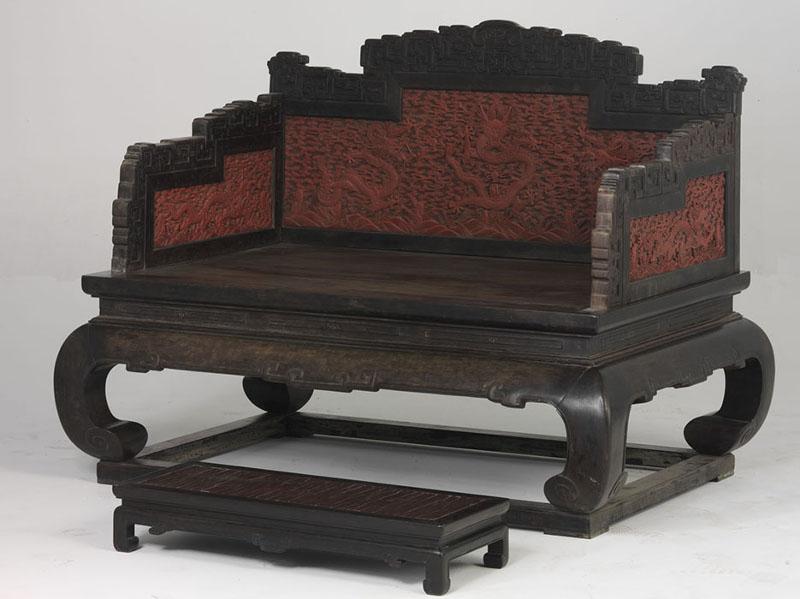 Императорский трон