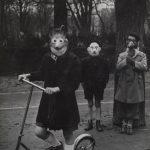 """Аньес Варда """"Марди Гра (Масленный вторник). Из серии """"Воспоминание о выставке 1954 года"""" 1953"""
