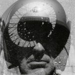 "Альберто Гарсия-Аликс ""Автопортрет. Дадаистский мотоцикл"" 2014"