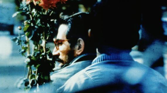 «Крупный план», 98 мин. Иран, 1990. Режиссёр Аббас Киаростами.