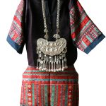 Женский праздничный (свадебный) костюм народности Мяо. Первая половина ХХ века