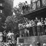"""Евгений Умнов """"Москвичи наблюдают за проходом колонны немецких военнопленных"""" 17 июля 1944"""